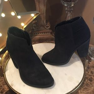 Carlos Everett Ankle Booties Black Boots Sze 7 M